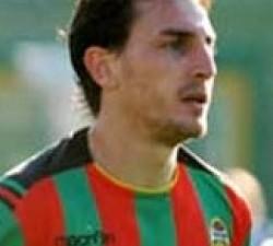 Il Matera calcio, con una nota sul proprio sito ufficiale, comunica di aver ingaggiato l'attaccante classe '86, Alessandro Bernardi.